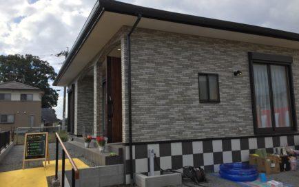 平屋住宅のエントランス