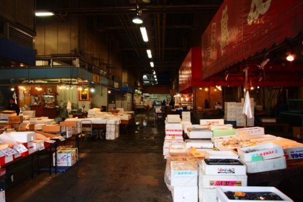 鮮魚の卸売市場